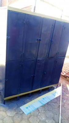 Cabin lockers
